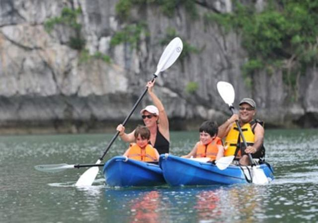 LAN HA BAY & HALONG BAY LUXURY 1 DAY TRIP