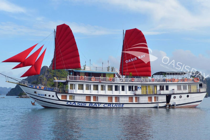 Oasis Bay Luxury Cruise 4*